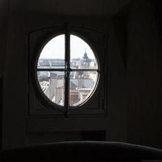 """photo: Babette Fischer  """"Room with a view"""" http://notquitesnowwhite.com"""
