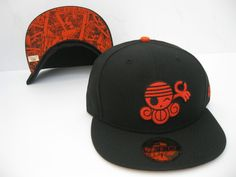 Era One Piece Nami Fitted Cap Black/Orange 59fifty Hats, New Era 59fifty, Nerd Outfits, One Piece Nami, New Era Cap, Riding Gear, Fitted Caps, Snapback Hats, Orange
