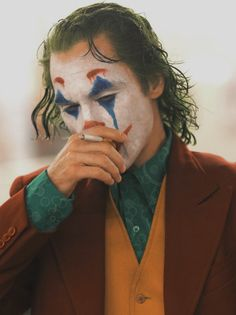 Smoker Joker: The Movie Gotham Joker, Joker Film, Joker Heath, Joker And Harley Quinn, Joker Joker, Joker Clown, Joaquin Phoenix, Joker Costume, Joker Cosplay