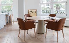 Natuzzi italia saturno chairs natuzzi italia for Sillas comedor natuzzi
