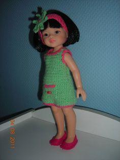 Liu en robe d'été    close   Liu en robe d'été    close  Liu on robe vert