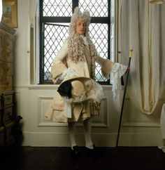 FASHION IN FILM - The Draughtsman's Contract by Peter Greenaway. Costume design: Sue Blane