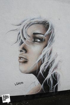 Street Artist: Liliwenn