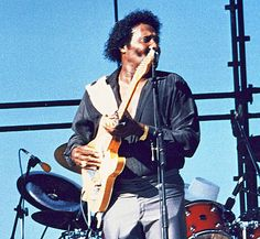 1986 ♦ Albert Collins (1932 - 1993) - American electric blues guitarist and singer with a distinctive guitar style.