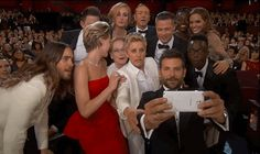 Ellen Just Took the Most A-List Selfie Ever!!