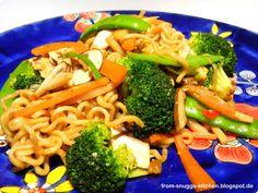 from-snuggs-kitchen: Asiatische Bratnudeln