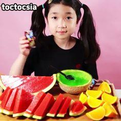 5 Minute Crafts Videos, Craft Videos, Amazing Food Art, Food Vids, Clock For Kids, Asmr Video, Anime Films, Junk Food, Love Food