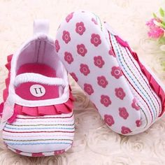 Soft Ruffles Baby Girl Shoes with Heart & Flower