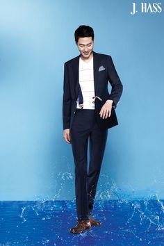 navy x suspenders :: Jo In Sung Suits Korean, Korean Men, Asian Men, Korean Actors, Korean Idols, Kdrama, Korea University, Watch Korean Drama, Jo In Sung