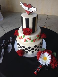 Rockabilly wedding cake (brides custom design)
