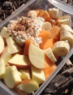 Apples, Cantaloupe, banana with cottage cheese & Cinnamon || #COLOReats @coloreats