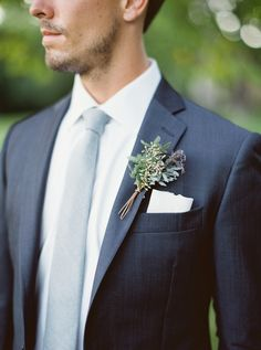 Photography: http://kateignatowski.com | Floral design: http://www.photosynthesis.bz/ | Read More: https://www.stylemepretty.com/2016/06/13/12-boutineers-your-hubby-will-want-to-pin-on/