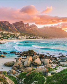 Beautiful Maidens Cove in Cape Town, South Africa. One of my favorite viewpoints with Camps Bay, the 12 apostles mountain range in the background and just all around cape town beauty. Places To Travel, Places To See, Travel Destinations, Cape Town South Africa, East Africa, Destination Voyage, Africa Travel, Dream Vacations, Wonders Of The World