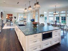Modern Kitchen Layout Design With Entertaining System