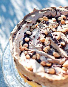 Her er sensommerens beste kaker! Norwegian Food, Snack Recipes, Snacks, Foods To Eat, Pavlova, No Bake Desserts, Let Them Eat Cake, Food To Make, Food And Drink