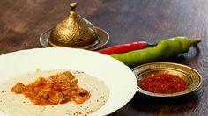 #Ramadan-#iftar-#Rezept #18 > Heute was Königliches: Hünkâr beğendi ~ Lammragout auf Auberginenpüree (PDF-Link unten).  Die Legende und PDF > http://xn--kochdichtrkisch-7vb.de/bildaaas/downloads/2013/07/Rezeptkarte_h%C3%BCnkarbegendi.pdf