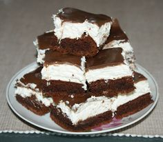Cookie Desserts, No Bake Desserts, Dessert Recipes, Hungarian Cake, Hungarian Recipes, Mouth Watering Food, Salty Snacks, Different Cakes, Cake Bars