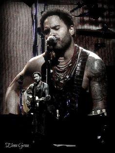 Otro momentazo del concierto de Lenny