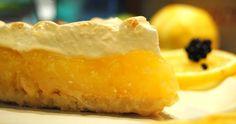 ΛΕΜΟΝΟΠΙΤΑ ΜΕ ΤΡΑΓΑΝΗ ΖΥΜΗ Για τη ζύμη 350 γρ αλεύρι για όλες τις χρήσεις 3 κ.γ. ζάχαρη άχνη 180 γρ ανάλατο...