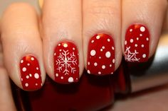 Cool Christmas Nail Arts with Snow Accent