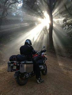 De paseo en moto. Excelente toma de este #biker