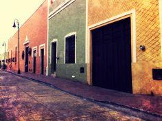 Como Farol de Calle.-Valladolid Yucatan, MEXICO