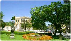Praça Garibaldi. #curitiba