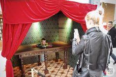 Wystawa magii i iluzji. Magia, pokazy magii i i iluzji. Królik w kapeluszu. Good News Company.