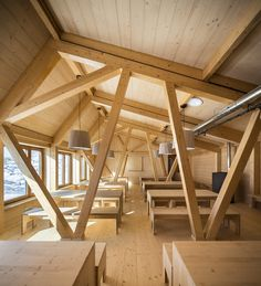 Idea Refugi Guardat de l'Illa by A R T E K S arquitectura in Escaldes-Engordany, Andorra Bamboo Structure, Roof Structure, Timber Architecture, Architecture Design, Building Design, Building A House, Timber Roof, Cabin Interiors, Commercial Architecture