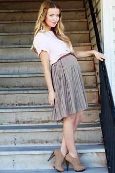 cute maternity look - long skirt worn just above your bump