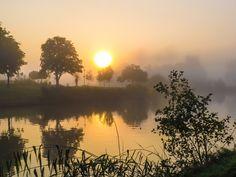 mistig vaartje Celestial, Sunset, Outdoor, Photos, Sunsets, Outdoors, Outdoor Living, Garden