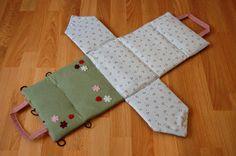 UK lass in US: Fabric dollhouse tutorial