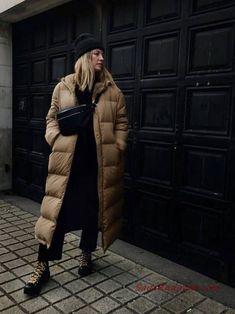 40 Best Casual Winter Outfits Ideas for Women 2020 - Fashionnita Casual Winter Outfits, Women's Casual, Cardigan Blazer, Long Puffer Coat, Puffer Coats, Mode Ootd, Moda Paris, Mode Streetwear, Mode Outfits