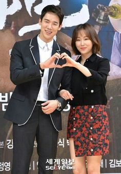 "Romantic Doctor, Teacher Kim "" SBS Nov 2016-Enero 2017 Han Suk Kyu Yoo Yun Suk   Seo Hyun Jin Seo Hyun Jin, Korean Actors, Korean Dramas, Romantic Doctor, Yoo Yeon Seok, Korean Star, Drama Korea, Hindi Movies, Actors & Actresses"