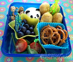 Bento Lunch Ideas For Kids Or the Kid in You! Days of Unforgettable Recipes) - Stuff Parents Need Whats For Lunch, Out To Lunch, Lunch Snacks, Lunch Recipes, Kid Snacks, Toddler Snacks, Healthy Snacks For Kids, Healthy Lunches, Lunch Ideas