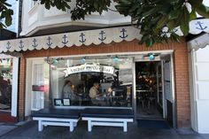 Anchor Oyster Bar - buy your fish to cook at home or stay and get fed simply, beautifully