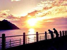 Sunset and the family by sistersandthecity.com San Sebastián -Donostia