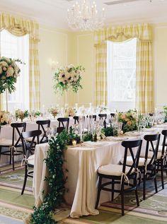 Photography : Laura Gordon Photography | Ceremony Venue : Duke Chapel | Reception Venue : The Carolina Inn | Floral Design : Lily Greenthumbs Wedding