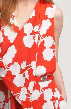 Diane von Furstenberg 'Naria' Dress with convertible belt. Diy Fashion, Fashion Looks, Fashion Design, Fashion Trends, Hot Outfits, Spring Trends, Nordstrom Dresses, Graphic Prints, Diane Von Furstenberg