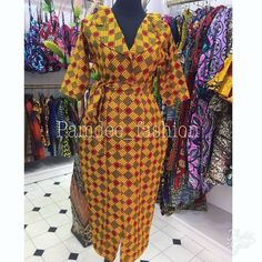Looking good and African fashion is all about developing a style that flatters your figure and brings out the beauty and salient features in you. For many, their fashion scope… African Fashion Designers, Latest African Fashion Dresses, African Print Dresses, African Print Fashion, Africa Fashion, African Dress, Ankara Fashion, African Prints, African Attire
