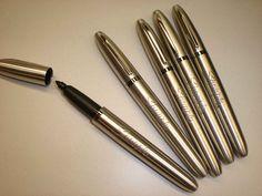 Metalic sharpie pen