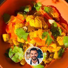 Poulet au citron façon tajine de Cyril Lignac Chefs, Curry, Food And Drink, Dinner, Ethnic Recipes, Kitchen, Desserts, Filets, Salads