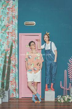 "View photos in Gaeul Studio 2018 ""SIGNATUR E"" Collection Pre-Wedding photoshoot by Gaeul Studio, wedding photographer in Seoul, South Korea."