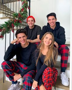 Rivera Family, Brent Rivera, Happy Holidays, Merry Christmas, Best Friends, Couple Photos, Celebrities, Party, Squad