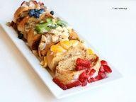 Rainbow French Toast !!! So many fruits:)
