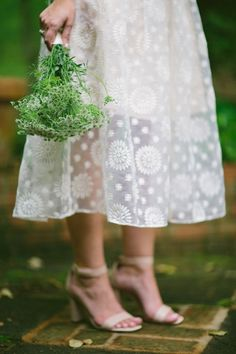 Speed Dating - Wedding Dresses & Gowns 2017 / and flowers Farm Wedding, Wedding Events, Wedding Day, Weddings, Wedding Bells, Garden Wedding, Bridesmaid Flowers, Brides And Bridesmaids, Gowns 2017