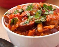 Potée minceur de chou, carotte et saucisse : http://www.fourchette-et-bikini.fr/recettes/recettes-minceur/potee-minceur-de-chou-carotte-et-saucisse.html