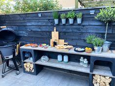 Outdoor Bbq Kitchen, Outdoor Kitchen Design, Rustic Outdoor, Outdoor Cooking, Patio Design, Garden Design, Back Gardens, Outdoor Gardens, Outdoor Grill Station