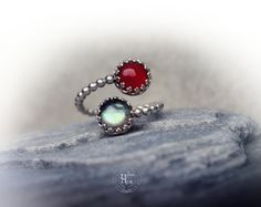 4pc Spiral gemstone Silver ring, CHOOSE ONE statement ring, size 7-9, Cornaline Moonstone Labradorite Lapislazuli statement 925 silver ring de hecatecrea en Etsy https://www.etsy.com/es/listing/249520079/4pc-spiral-gemstone-silver-ring-choose