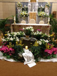 Easter 2017 at St. Easter Altar Decorations, Lent Decorations For Church, Church Ideas, Easter Decor, Altar Flowers, Church Flowers, Easter Flower Arrangements, Floral Arrangements, Catholic Easter
